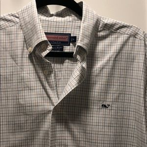 Amazing condition men's Vineyard Vines shirt